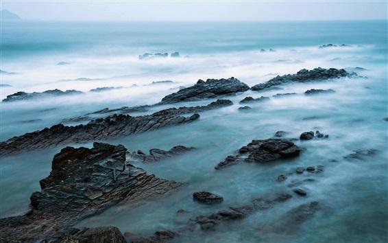 Fond d'écran Mer, rochers, brouillard, matin