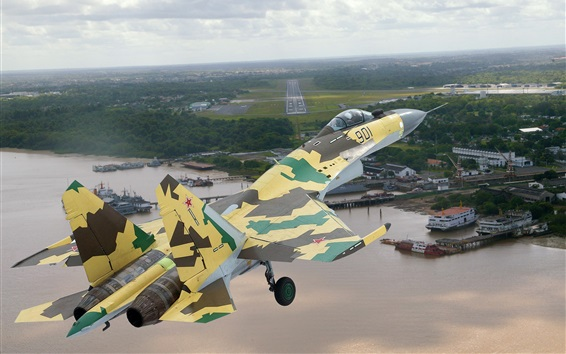 Su-35 fighter flight, camouflage, sky, airport Wallpaper Preview