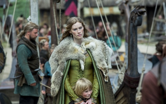 Wallpaper The Vikings, Alyssa Sutherland and child
