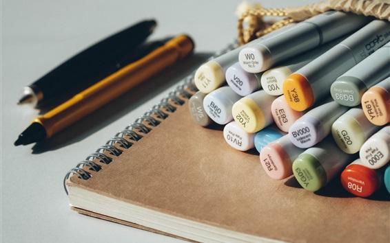 Обои Красочные ручки, блокнот