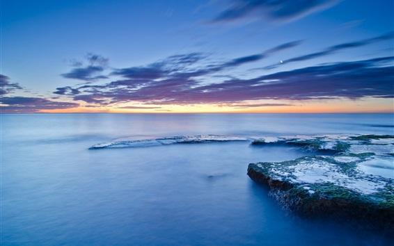 Fondos de pantalla España, Valencia, mar, costa, piedras, musgo, nubes, puesta de sol