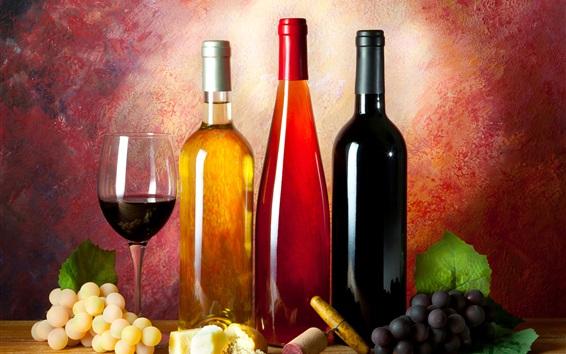 Обои Три бутылки вина, штопор, виноград, стеклянная чашка