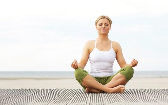 Fond d'écran Yoga girl, asseyez-vous