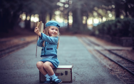 Wallpaper Youngest travelers, suitcase, cute blonde girl, child