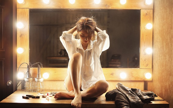 Wallpaper Asian girl, shirt, sit at mirror front, light bulb