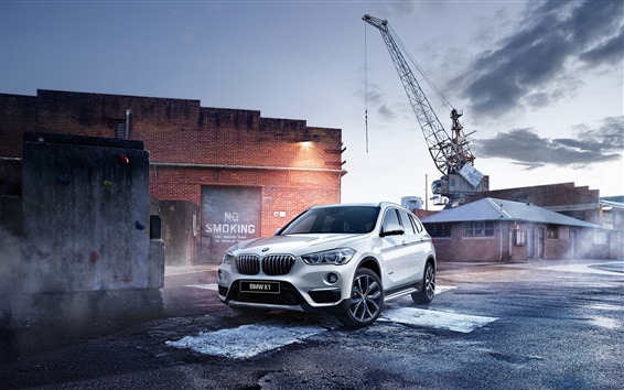 Fond d'écran BMW X1 F48 blanc SUV voiture