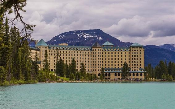 Fondos de pantalla Banff Park, montañas, hotel, nubes, lago, Alberta, Canadá
