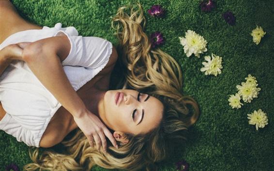 Wallpaper Blonde girl, curly hair, sleep, grass, flowers