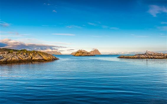 壁紙 青い海、島々、灯台、空