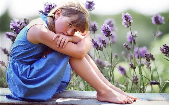 Fond d'écran Jupe bleue mignonne petite fille