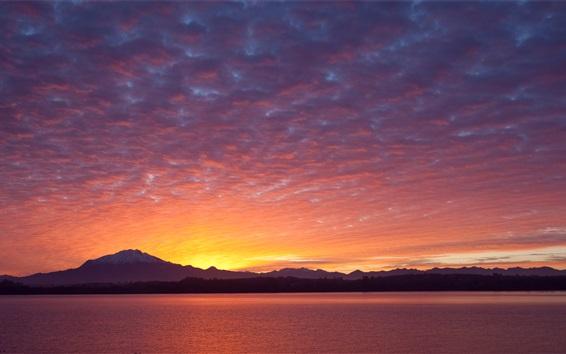 Обои Пуэрто-Варас, Чили, горы, закат, облака, озеро