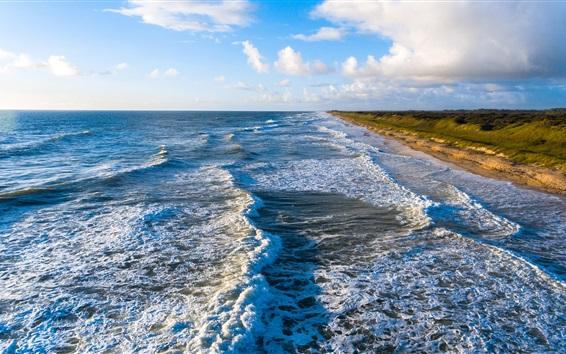 Обои Море, берег, берег, волны, облака