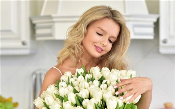 Fond d'écran Sourire, blonde, fille, blanc, tulipes
