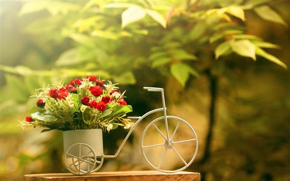 Обои Игрушка мотоцикл, роза, украшения