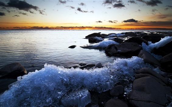 Fond d'écran Côte, pierres, glace, mer, coucher de soleil