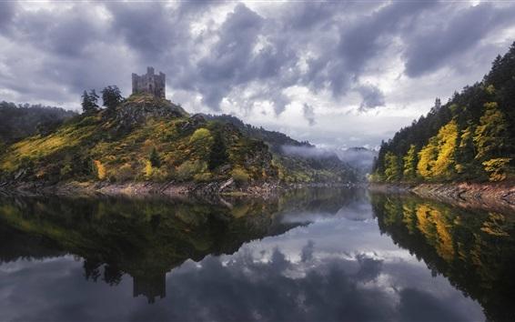 배경 화면 Alleuze, 프랑스, 호수, 안개, 나무, 성, 구름