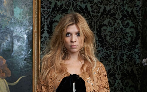Wallpaper Clemence Poesy 05