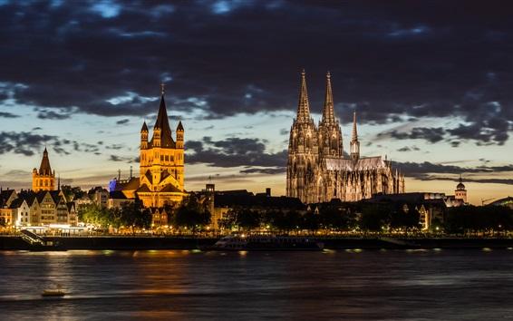 Fond d'écran Cathédrale de Cologne, Allemagne, soir, arbres, nuages