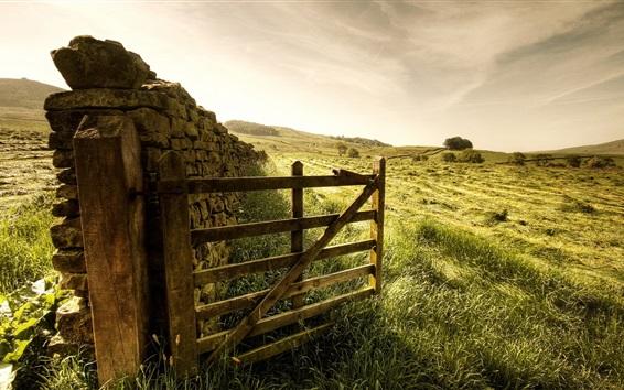 Fondos de pantalla Valla, puerta, hierba, piedras, granja