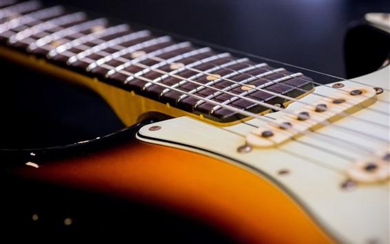Обои Крупный план гитарных струн