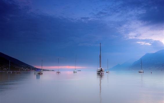 Wallpaper Italy, Garda, mountains, lake, yachts, dusk, clouds