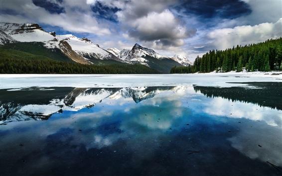 Wallpaper Lake, mountains, winter, snow, water reflection, Alberta, Canada