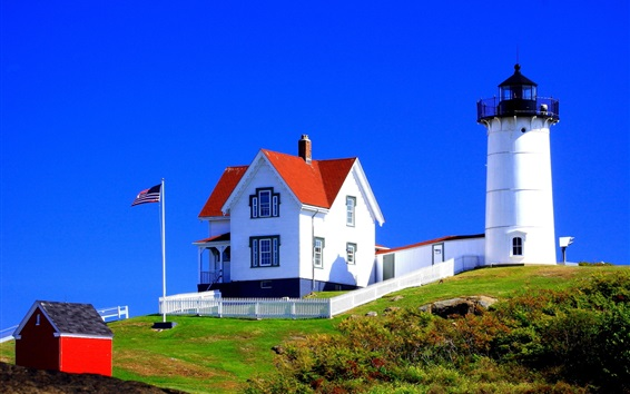 Wallpaper Lighthouse, house, flag, grass, blue sky, USA
