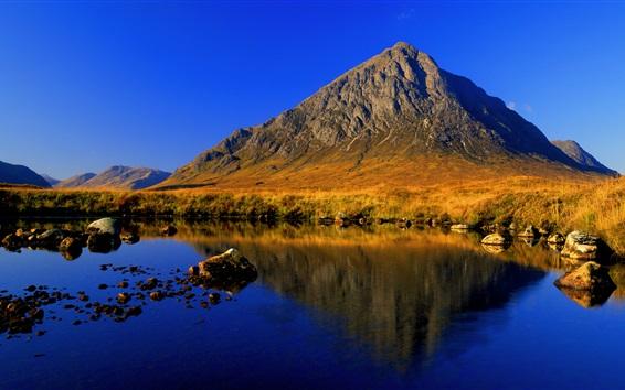 Обои Горы, озеро, голубое небо, чистая вода