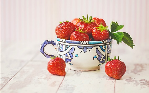 Wallpaper One cup of strawberries