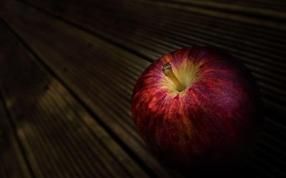Fond d'écran Pomme rouge, fond sombre