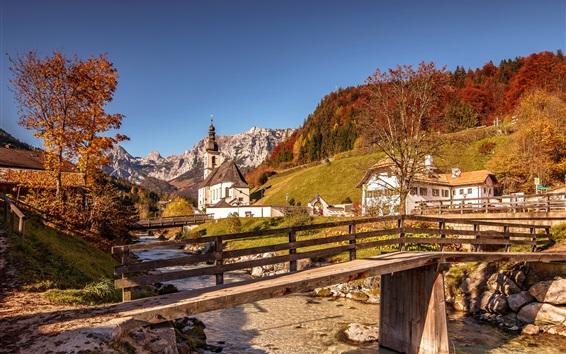 Fondos de pantalla Alpes, puente de madera, río, montañas, iglesia, casas, Alemania, Baviera