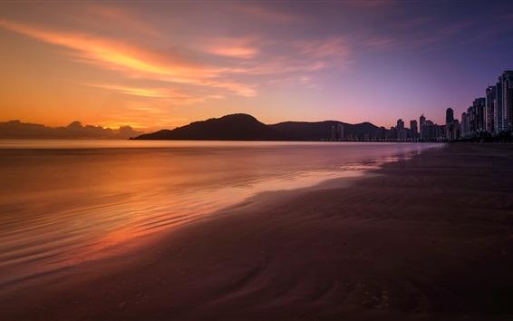 Fond d'écran Plage, mer, coucher de soleil, ville, gratte-ciel, nuit