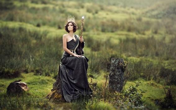 배경 화면 검은 드레스 소녀, 그루터기에 앉아