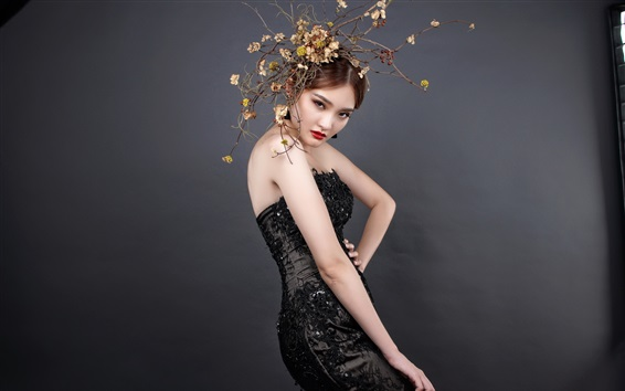 Обои Черное платье из кружевного платья, макияж, губы, цветы, художественная фотография