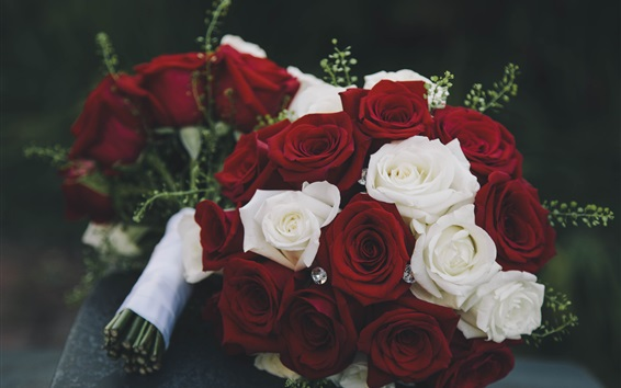 Wallpaper Bouquet, red and white roses