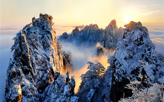 Wallpaper China, Anhui, Huangshan, beautiful nature landscape, snowy, mountains, sunrise