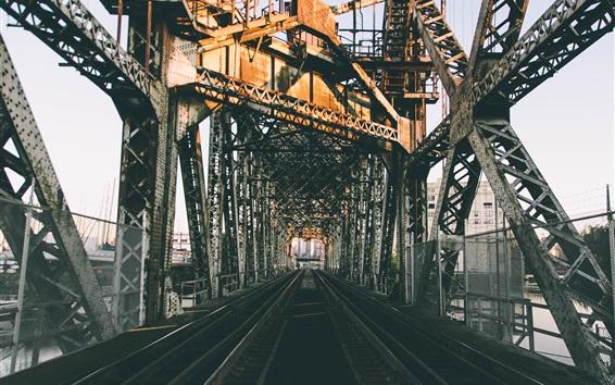 Wallpaper City, railroad bridge