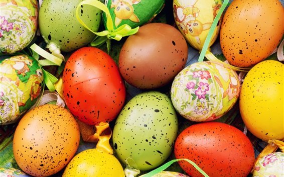Wallpaper Colorful eggs close-up, Happy Easter