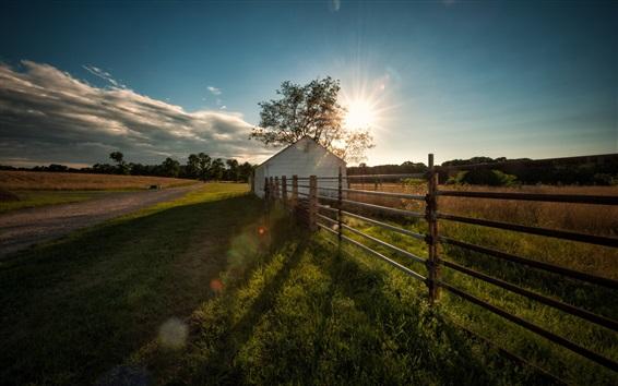 Fond d'écran Fermes, clôture, maison, herbe, soleil