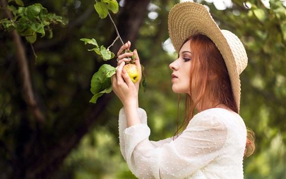 Fondos de pantalla Chica encontró una manzana