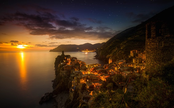 Wallpaper Italy, Vernazza, city, sea, mountains, houses, sunset, dusk
