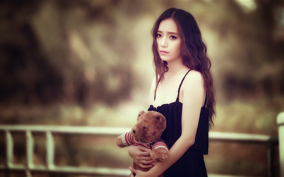 Wallpaper Sadness Asian girl, teddy bear