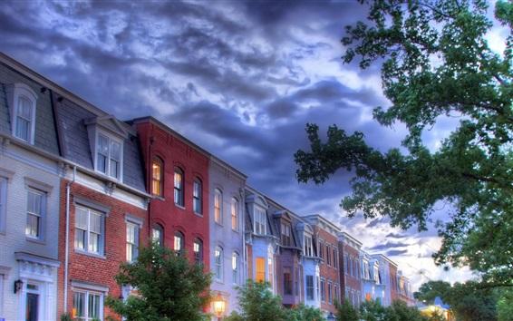 Fondos de pantalla Ciudad, casas, ventanas, nubes, árboles, estilo HDR