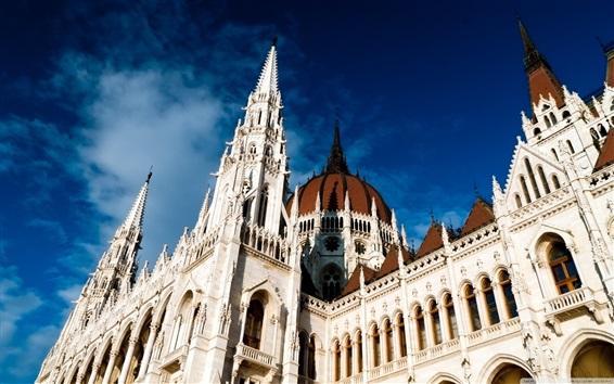 Wallpaper Hungary, Budapest, Parliament Architecture, blue sky