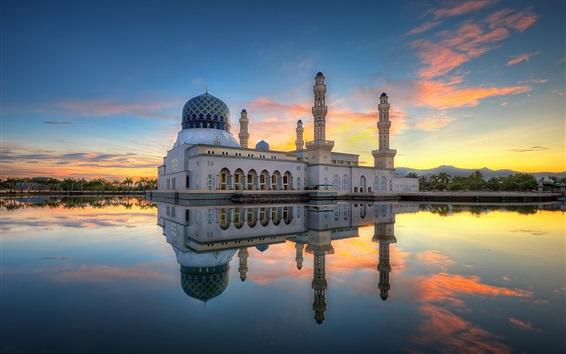 Papéis de Parede Mesquita da cidade de Kota Kinabalu, Likas Bay, Malásia, manhã