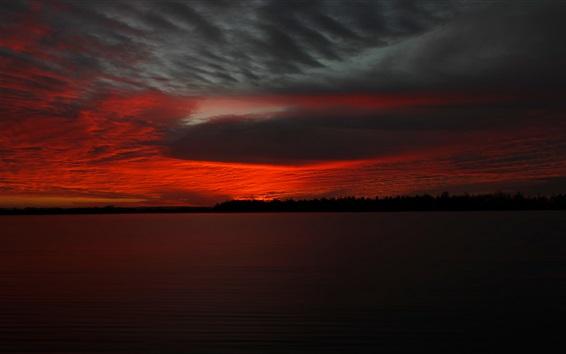Fond d'écran Lac, nuages, ciel rouge, coucher de soleil