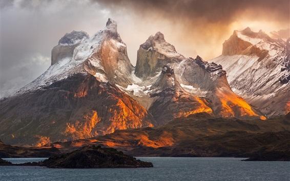 Papéis de Parede Patagônia paisagem natural, montanhas, lago, nuvens