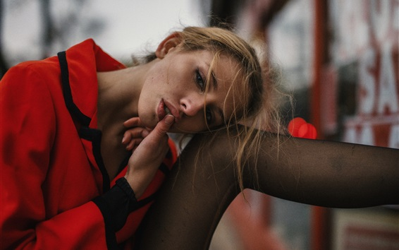 배경 화면 빨간 옷 입은 여자, 입술, 다리