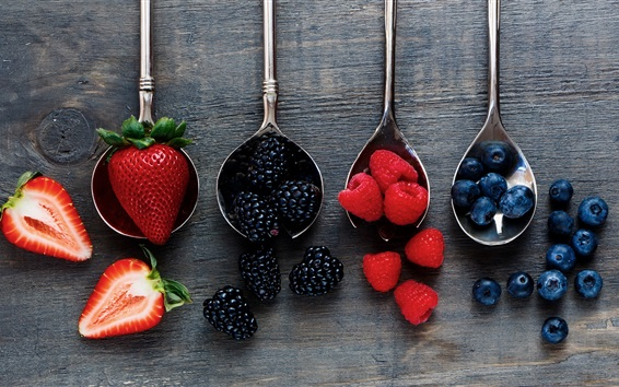 Wallpaper Spoons, strawberries, raspberries, blueberries