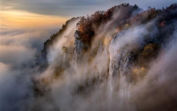 壁紙 美しい自然の風景、山、崖、岩、霧、朝